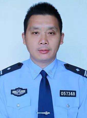 伍维岭:一心为民办实事 百姓心中好警官